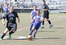 Hannah Webb controls the ball
