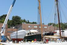 A new mast for the 'Bowdoin'
