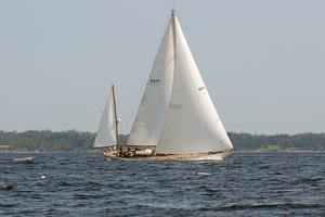 Black Watch races in the Castine Classic