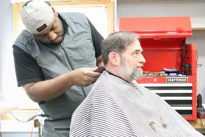 Deko the barber