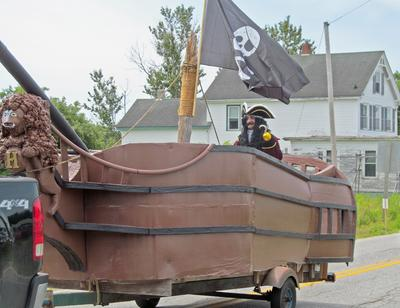 The Jolly Roger pirate ship