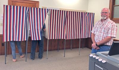 Castine votes
