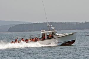 Stonington lobster boat Jarsulan 4 tops out at 32.1 mph