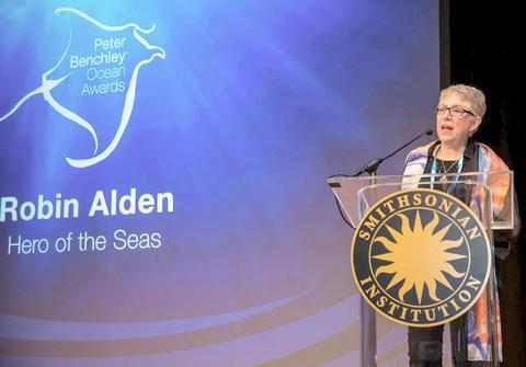 Robin Alden receives award