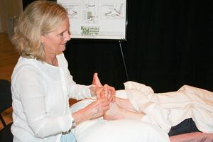 Women's Wellness Fair offers a taste of reflexology