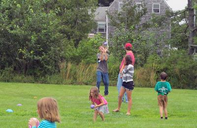 Balloon toss and more at Brooksville Day