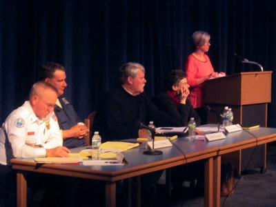 Local coastal Maine officials hold Route 15 forum