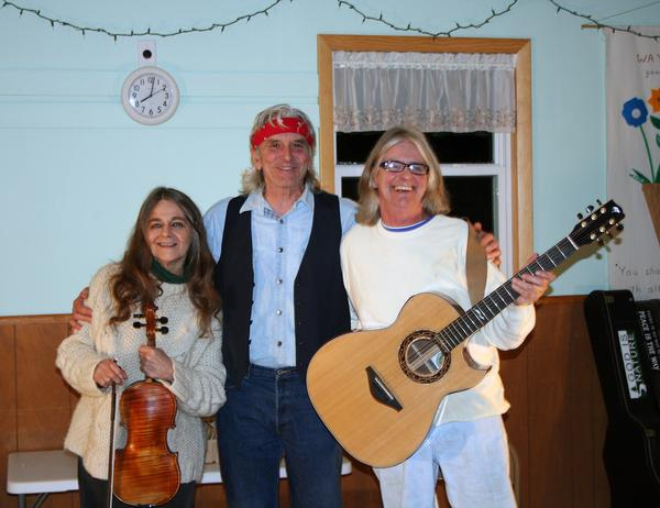 Penobscot, Maine Coffee house celebrates 50th night