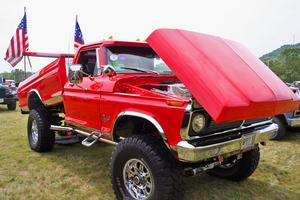A 1976 Ford pickup