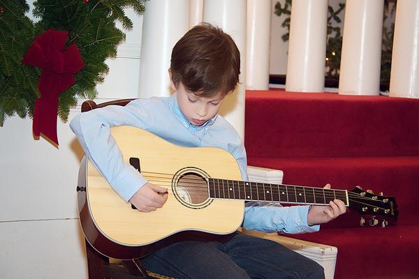 Ian Potter at Castine Artist's Association Christmas Celebration