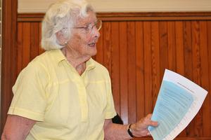 Doris Russell at the Castine town meeting