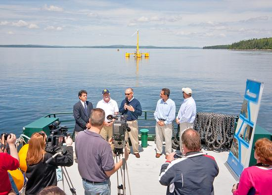 Offshore wind turbine launched in Castine
