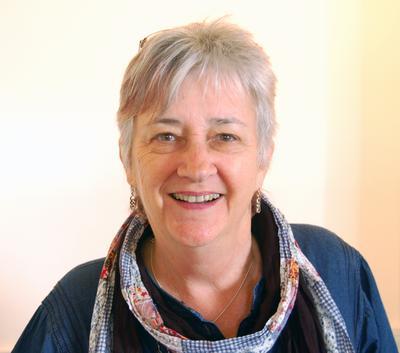 Anni Castine