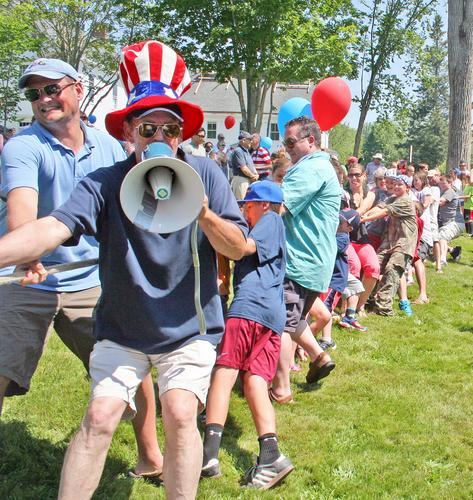 Brad Tenney calls the tug of war on July 4th 2013