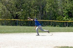 Melanio chases down a fly ball
