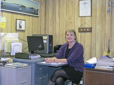 Rebekah Knowlton is new assistant for Deer Isle selectmen