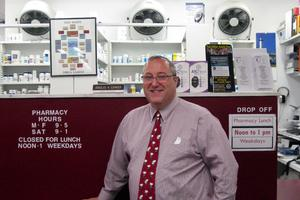 Pharmacist Doug Edinger opening new store