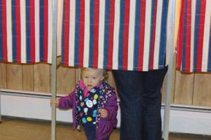 Elizabeth Smith votes