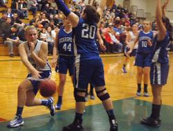 Chelsea Brown passes against Searsport