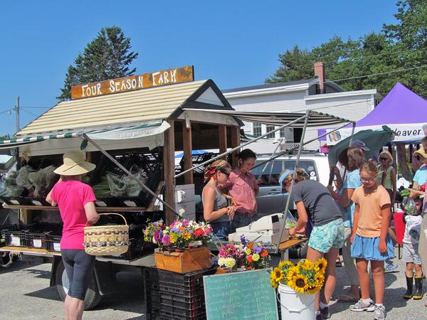 Four Season Farm's vendor wagon at the Brooksville Farmers Market