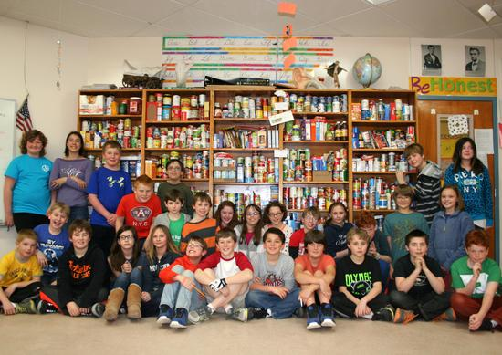 BHCS Students Food Drive