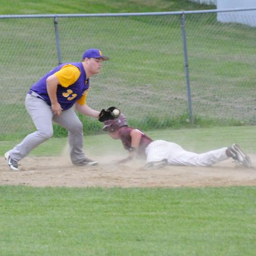 GSA Player Mariner Cheney steals third