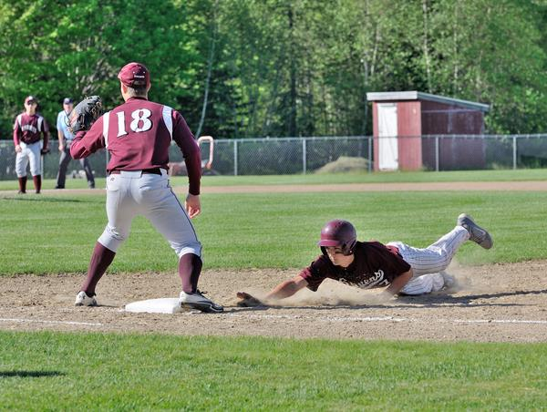 Will Ricker tries to steal second base
