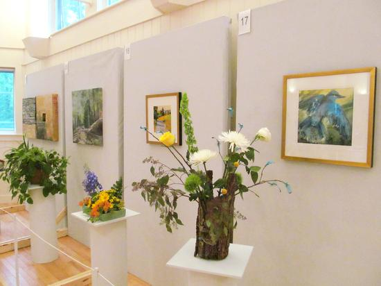 Flower arrangements at Blue Hill's Art in Bloom