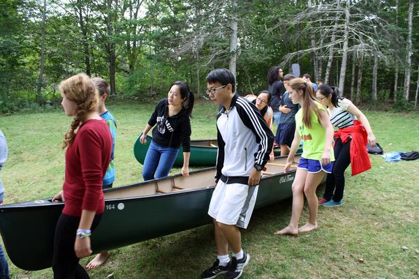 GSA international students go on canoe trip