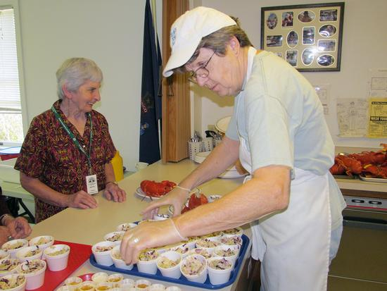 Brooksville Oddfellows provide lunch for Meals for ME
