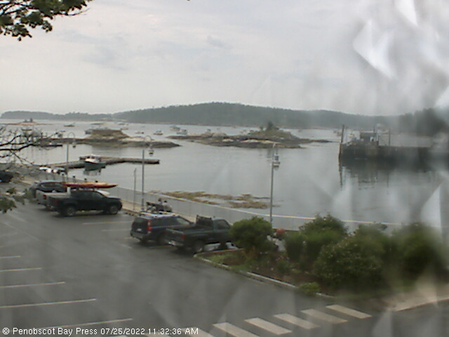 Stonington Harbor Webcam - Stonington, ME